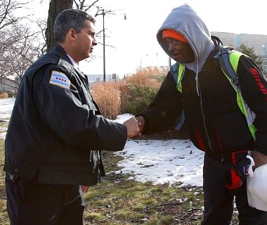 How a Chicago Cop Changed a Homeless Veterans Life