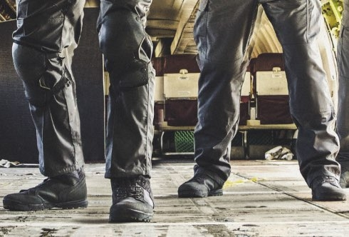 how to wear tactical pants with boots